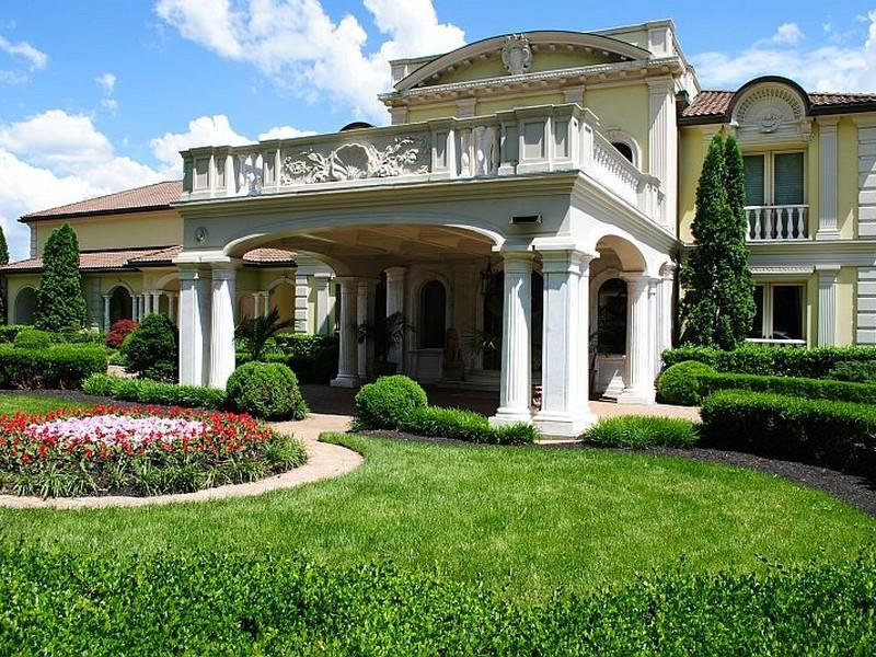 1000 images about obsessed with porte cocheres on for Porte cochere homes