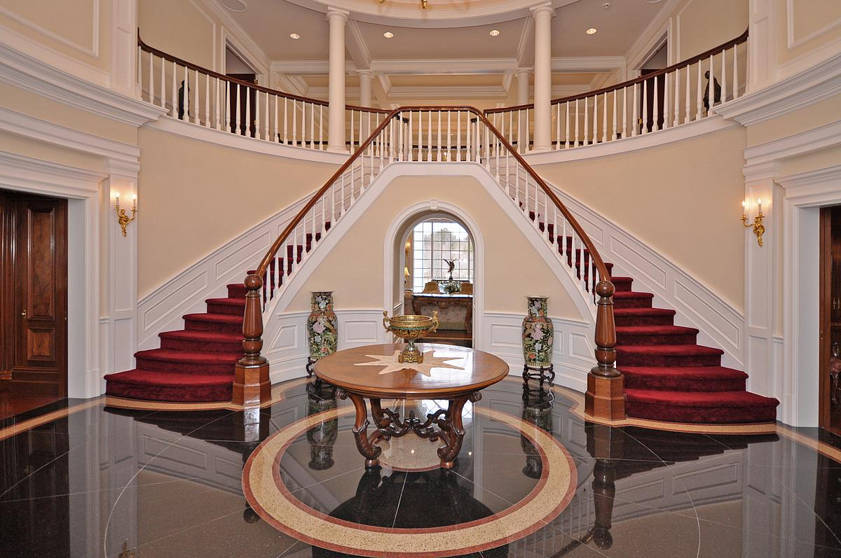 Mansion Foyer : Upper brookville colonial pricey pads