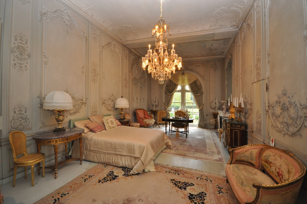 Newport Ri S Historic Belcourt Castles Sells For 3m To Carolyn