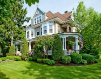 Majestic Queen Anne – $1,195,000