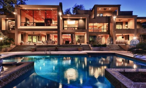 Gorgeous Estate – $1,590,000
