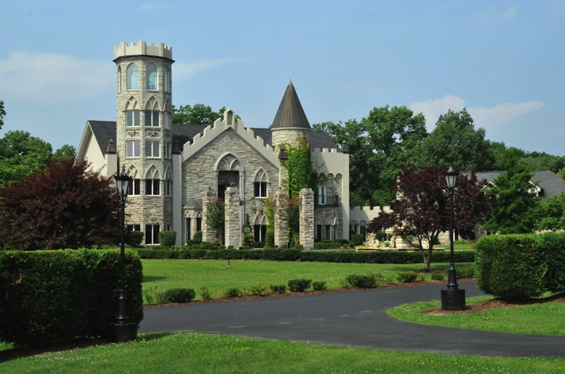 Crantzdorf Castle Pulled From Auction Pricey Pads