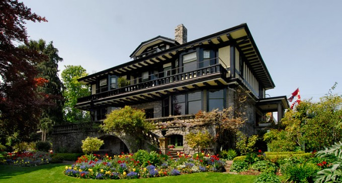 Prior House – $2,995,000