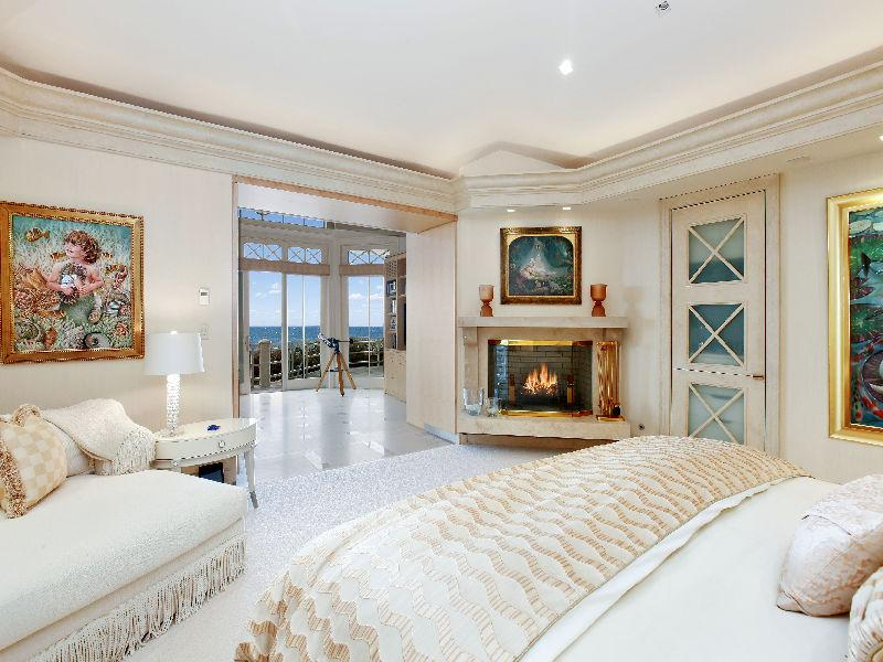 3 Acre Oceanfront Estate – $55,000,000 | Pricey Pads