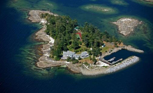 The Enchanting Scott Island – $3,499,000