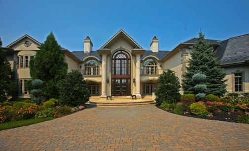 Villa Serena – $13,500,000