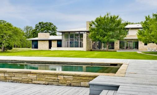 Contemporary Home on Acreage – $5,600,000