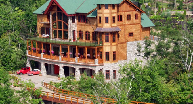 Bolze Mansion Sells for $1,930,000