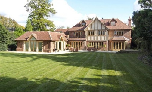 Private Tudor Estate – £3,000,000