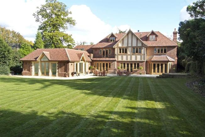 Asking Price £3,000,000, 7 Bedroom Detached House For Sale in ...
