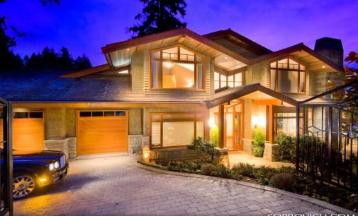 Gorgeous Waterfront Altamont Estate – SOLD