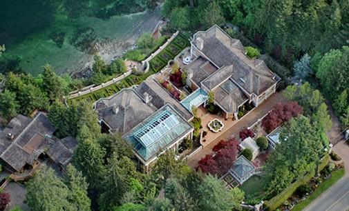 Villa Madrona – SOLD