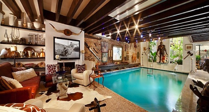 Trophy Townhouse with Swimming Pool – $10,995,000