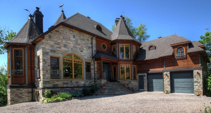 Outstanding Quebec Estate – $6,900,000