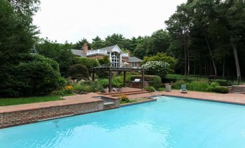 5 Acre Estate – $12,888,000