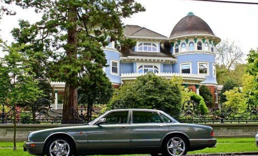 Pricey Pads Private Tour of Glen Brae Manor