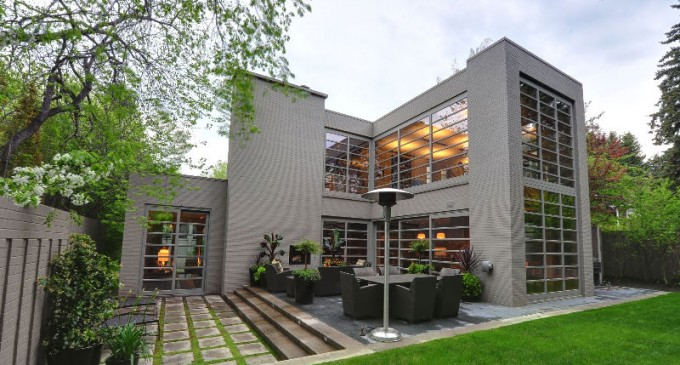 Sophisticated Alberta Home – $2,999,500