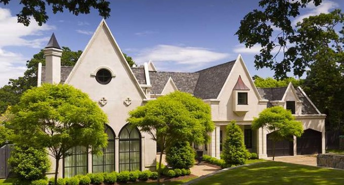 Uplands Manor – $3,150,000