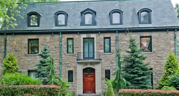 Georgian Stone Manor – $4,498,000