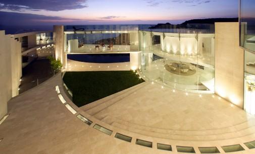 The Razor Residence Auction Postponed