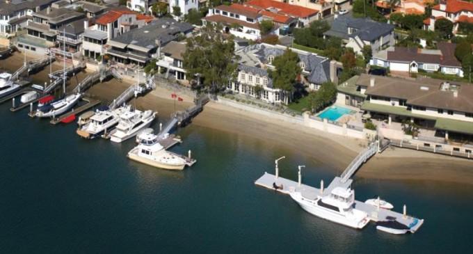 Lido Isle Bayfront Estate – $19,750,000