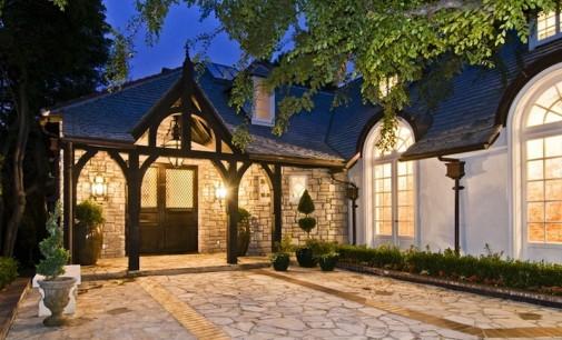Charming English Estate – $18,900,000