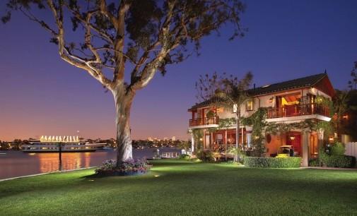 Twelve Bay Island –  $27,900,000