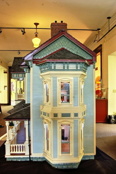 Jimmy Lander S Custom Luxury Dollhouses 64 900 Pricey