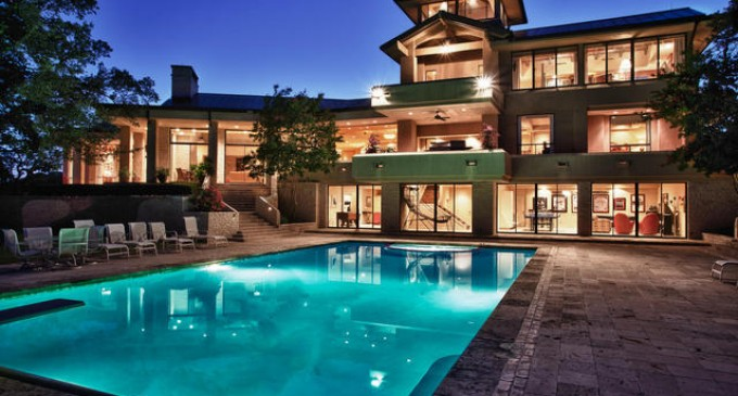 Hill Country Retreat – $7,500,000