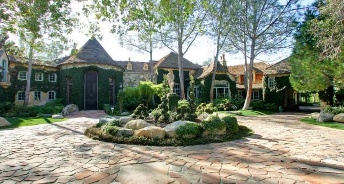 Stunning Fairbanks Ranch – $6,900,000