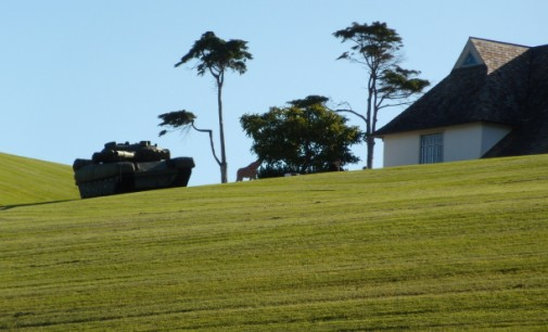 Life-size Inflatable Tank Appears Outside Kim Dotcom's Mansion