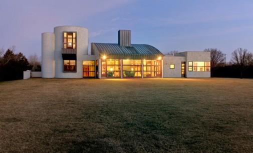 Gwathmey Modern Masterpiece – $24,000,000