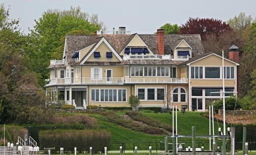 Shingle-Style Victorian Estate – $5,900,000