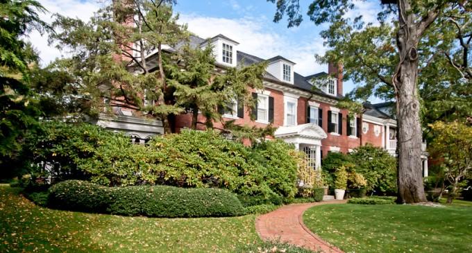 1928 Neo-Georgian Residence – $2,495,000