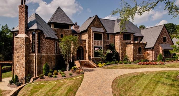 Unique Charlotte Estate – $5,999,000