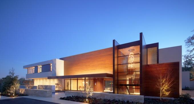 Modern High-Tech Mansion – SOLD