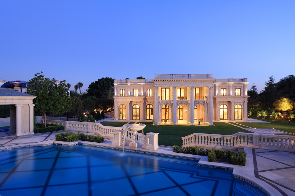 Palais des anges sold pricey pads for Luxury homes for sale in beverly hills