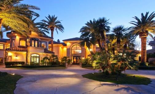Timeless Elegance in Tournament Hills – $10,900,000