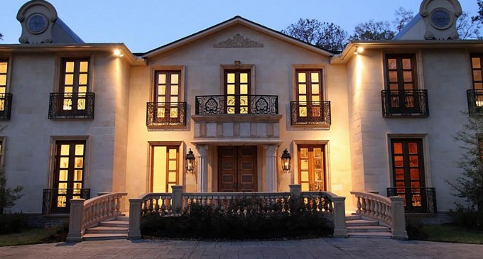 Luxurious French Estate – $5,295,000