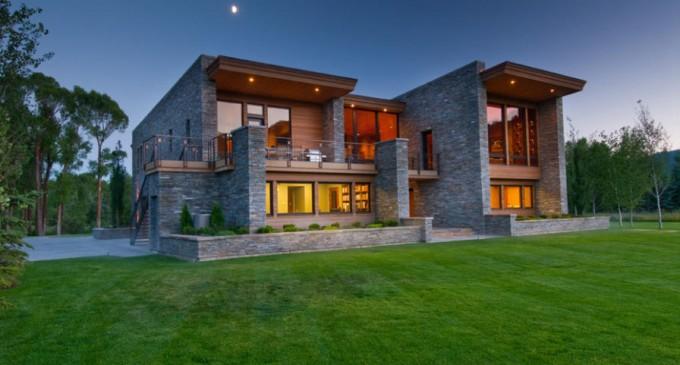 New Contemporary Gem – $4,900,000