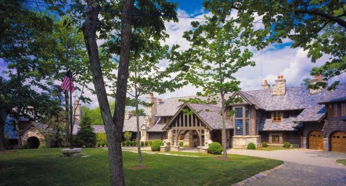 Sagee Manor – $10,900,000