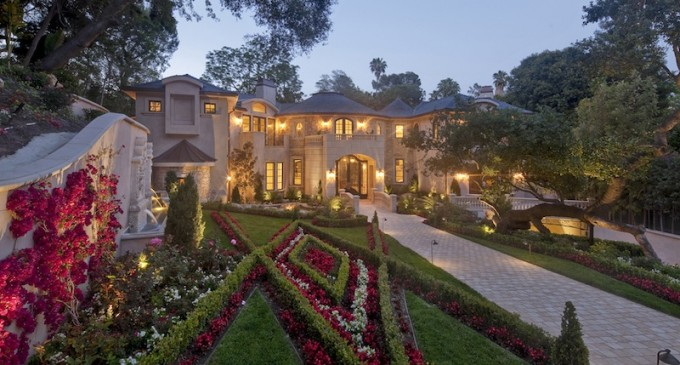 An Entertainer's Dream Estate – $21,500,000