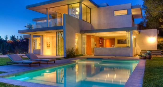 Private Beverly Hills Estate – $9,750,000