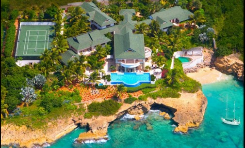 6 resort-like pools you wish you had!