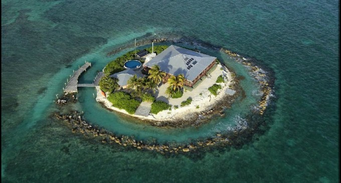 4 Private Islands to Die For!