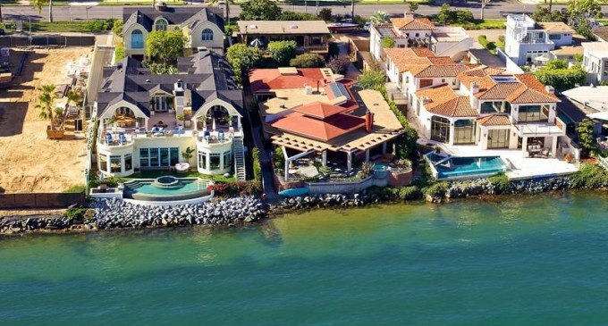The Best Buy on the Bay – $15,900,000