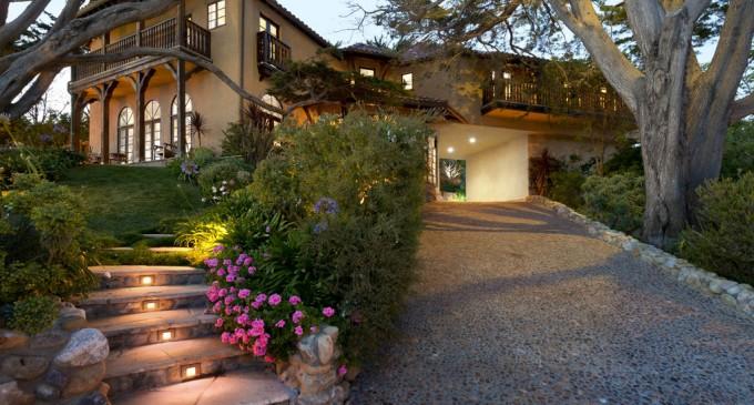 Majestic Malibu Estate – $17,500,000