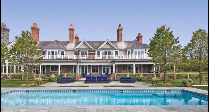 Jay-Z & Beyonce Spending $400K on Rental in the Hamptons!
