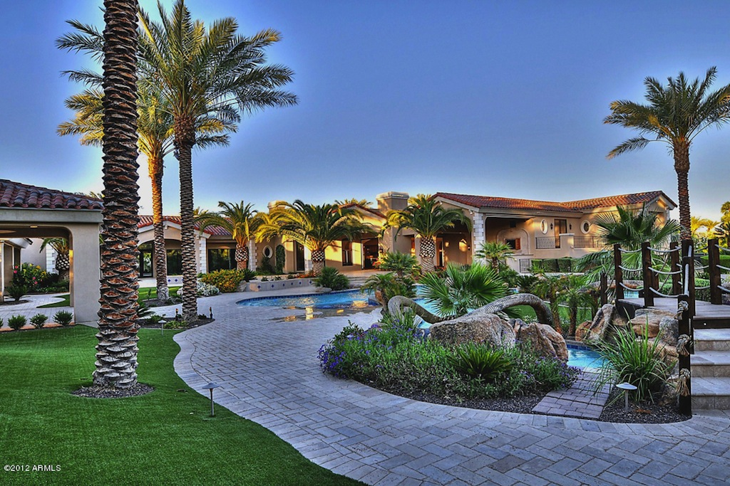 1 8 Acre Paradise Valley Estate 5 699 000 Pricey Pads