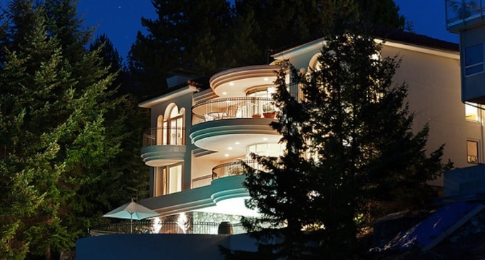 Magnificent Waterfront Residence – $4,988,000